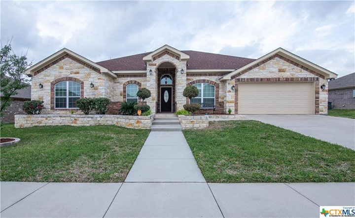 4 bed | 3 bath | 2,636 Sqft | Year: 2012 Price: $ 310,000…