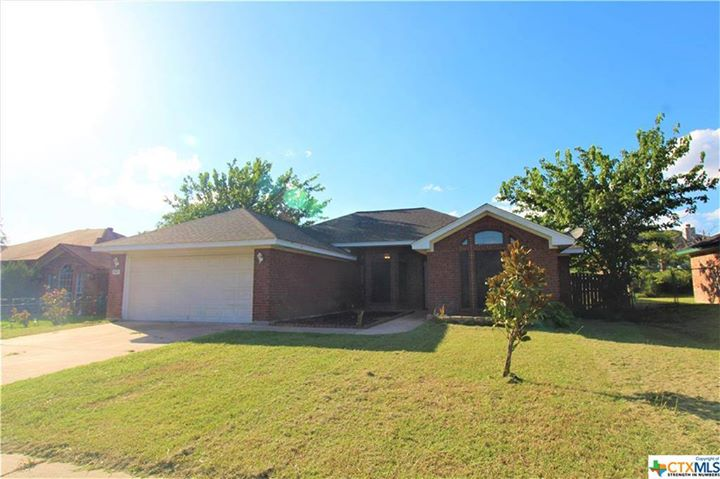 4 beds | 2 baths | 1,647 SqFt | Precio: $ 138,500 | Year…