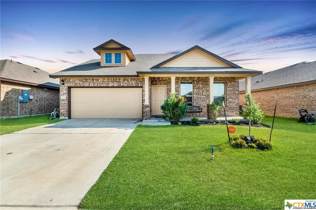 This beautiful property has been on the market for 2 days! If you are…