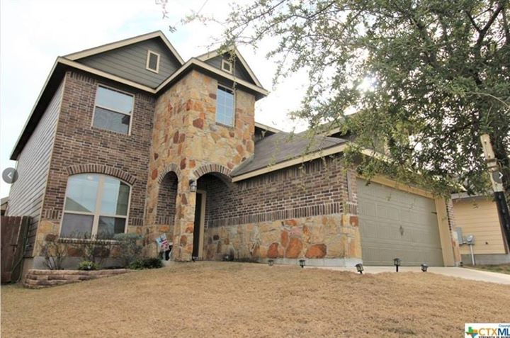 Gorgeous Home in a desirable subdivision at a great price Owners took great pride…
