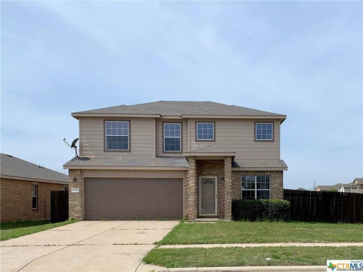 Gorgeous Home in a desirable subdivision at a great price. Owners took great pride…