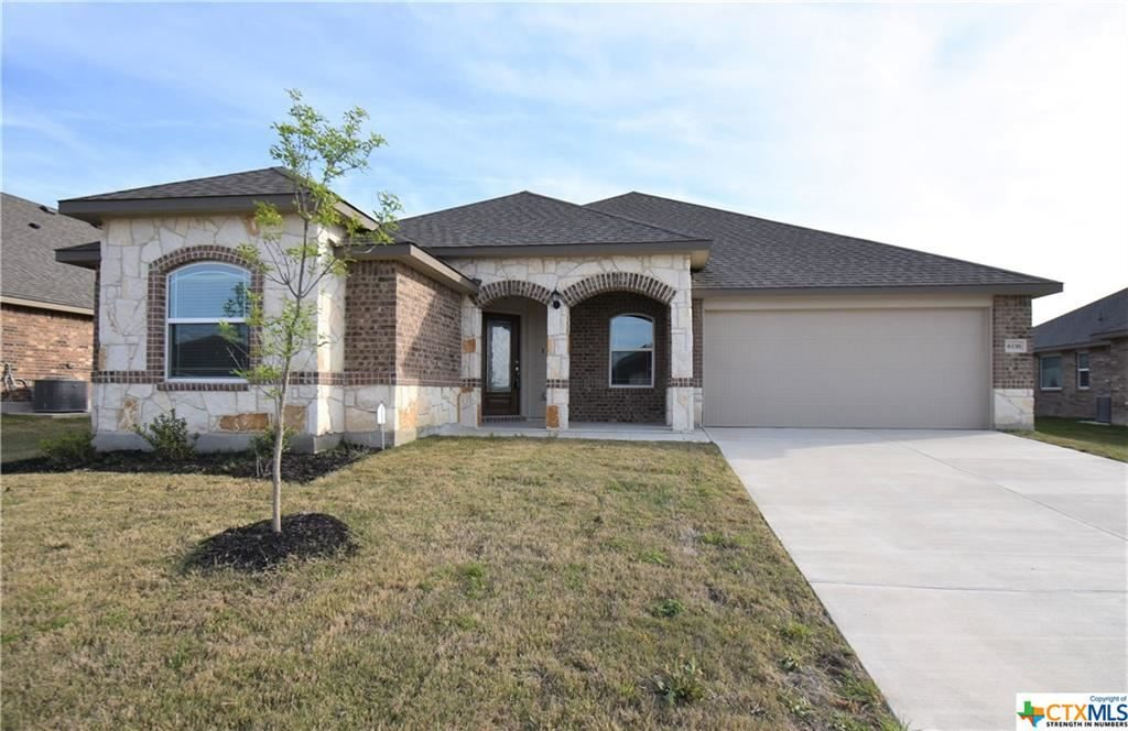 If you're looking for a new construction home here it is. Schedule your showing…